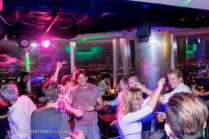 eon-heli-bar-dance